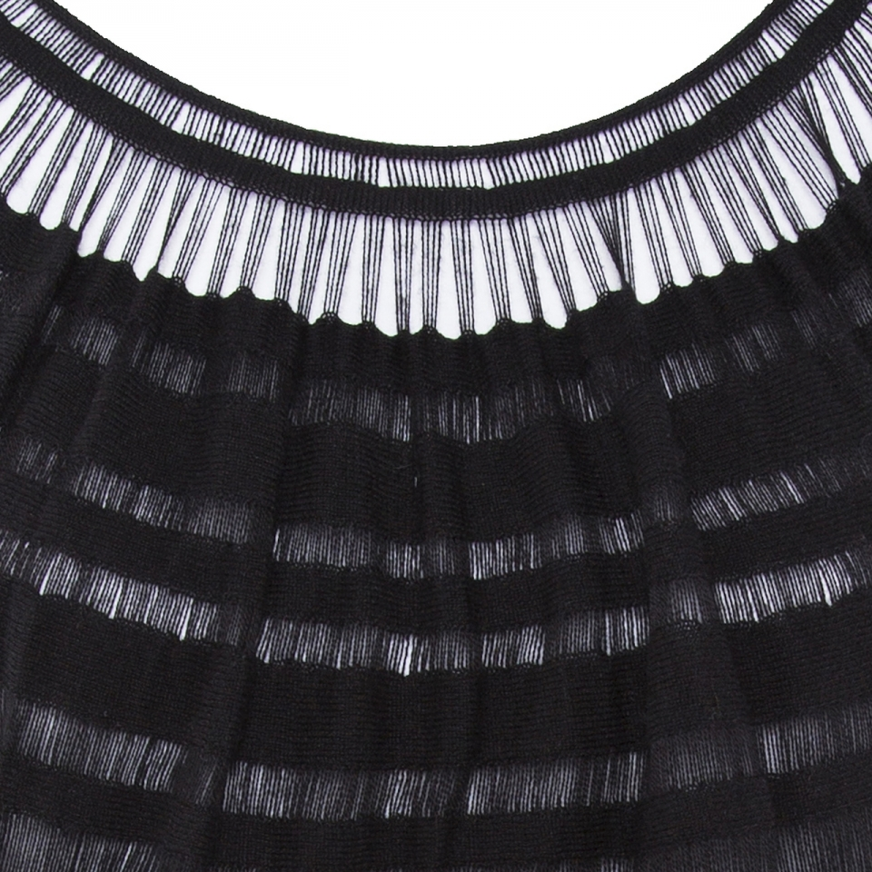 Laceline Dress black detail