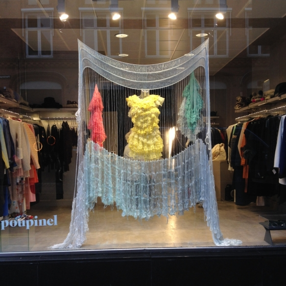 WINDOW DISPLAY FOR FASHION WEEK
