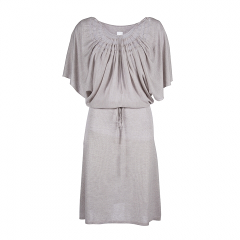 wingdress_lilac_front_neck